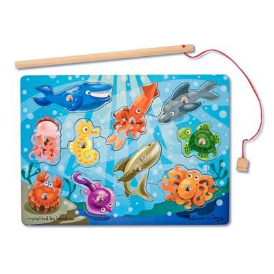 Melissa & Doug Deluxe 10-Piece Magnetic Fishing Game [Toy]
