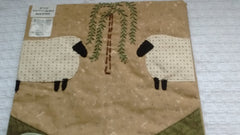 Park Designs - Willow and Sheep Single Point Lined Valance 29 Inches x 22 Inches