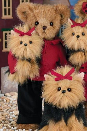 "Bearington -  Holiday Bear ""Bentley & Buddy"" - 14 Inches and Retired - Olde Church Emporium"