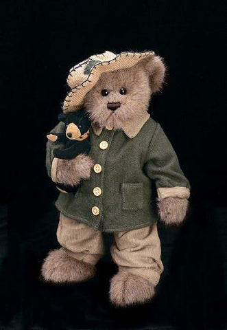 Bearington - Black & Jack Collectible Bear - 14 Inches and Retired 2003 TOBY (Teddy Bear of the Year) Awards Winner