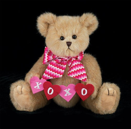 Bearington - Kisses n' Hugs Valentine's Day Plush Bear, 10 Inches - Olde Church Emporium