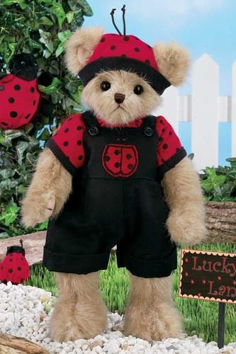 Bearington - Luke B. Lucky Valentines Plush Bear 14 Inches - Olde Church Emporium