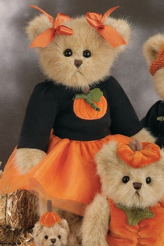 "Bearington - Halloween Autumn Bear  "" Penny Pumpkinpatch"" - 14 Inch and Retired - Olde Church Emporium"