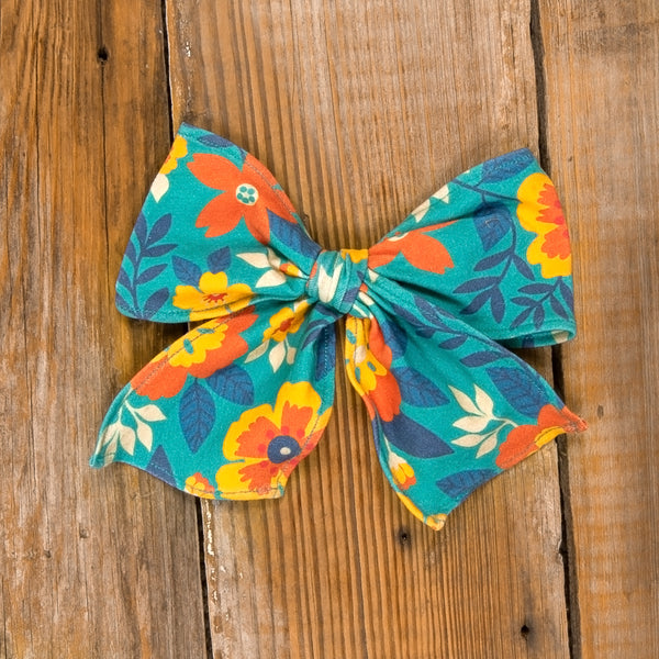 Thanksgiving Day Parade Sonni Floral Bow