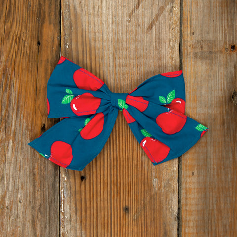 Schoolyard Fun Sonni Apple Bow