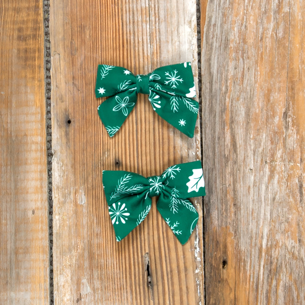 Silent Night Mindy Green Bows