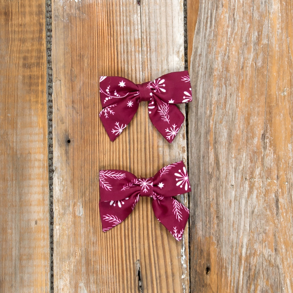 Silent Night Mindy Cranberry Bows
