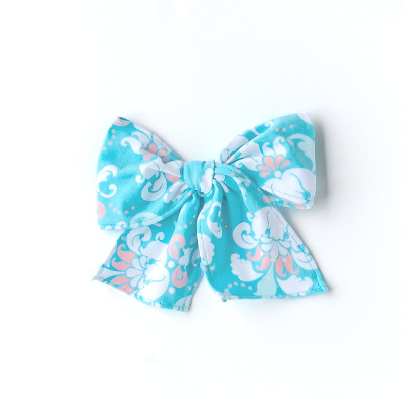 Everyday Twirls Surprise Sonni Damask Bow