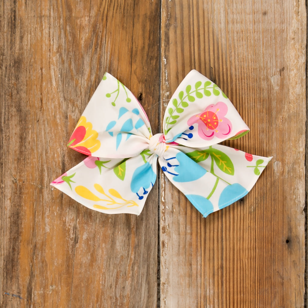 Blossoms and Buttercups Sonni Floral Bow