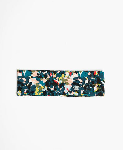 Floral accessories for women from Sweaty Betty