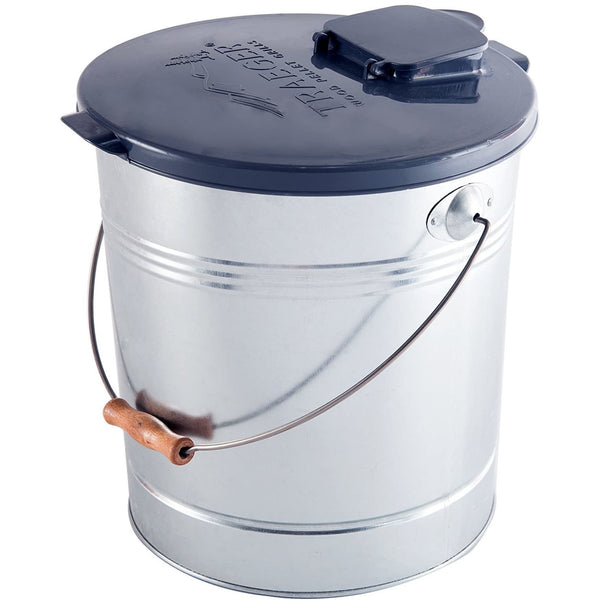 Smoker Pellet Storage Bucket and Lid with Filter for 20 LBS by Traeger Grills BAC370 BAC430