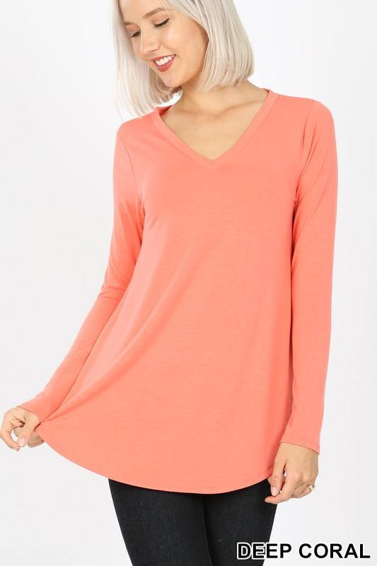 Gidget V-neck Relaxed Fit T-shirt - The Catalina Rose