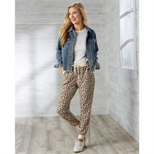 Load image into Gallery viewer, Fanning Leopard Joggers