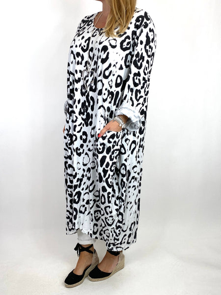 Lagenlook Made In Italy Cheetah Print Tunic in White. code 9806 - Lagenlook Clothing UK