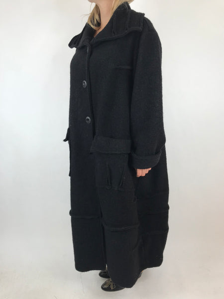 Lagenlook Made In Italy Collared Wool Coat in Black . code 5527