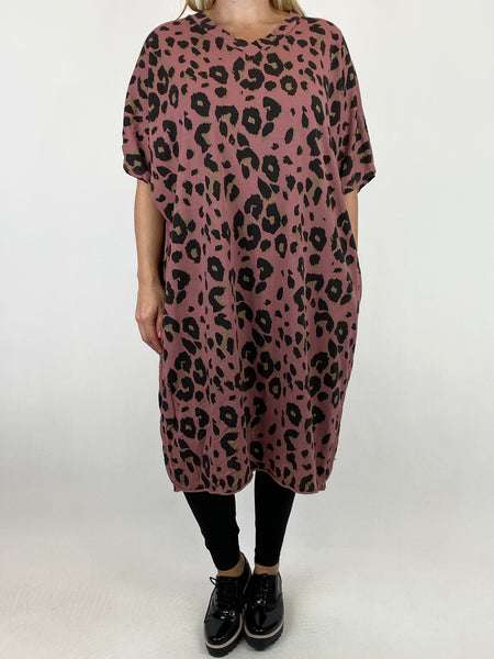 Lagenlook Dixie Cotton Mix Animal Print V-Neck Top in Pink. code 6889 - Lagenlook Clothing UK