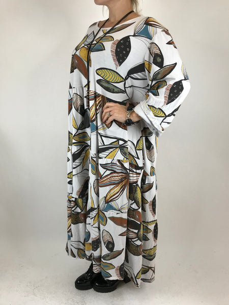 Lagenlook Made in Italy Winter Leaf Tunic in White. code 9788