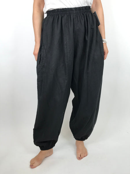 Lagenlook Charlie New Length Wide leg Linen Trousers in Black. code 91037