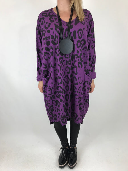 Lagenlook Made In Italy Barra V- Neck Cheetah Print top in Purple. code 1827