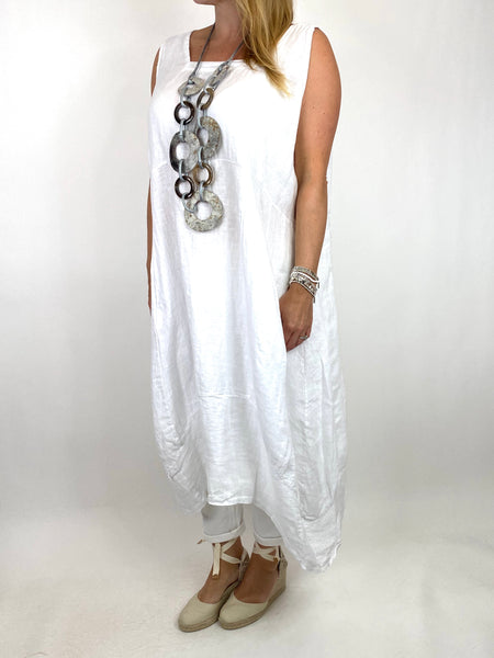 Lagenlook Bella Linen Square neck tunic in White. code 8262