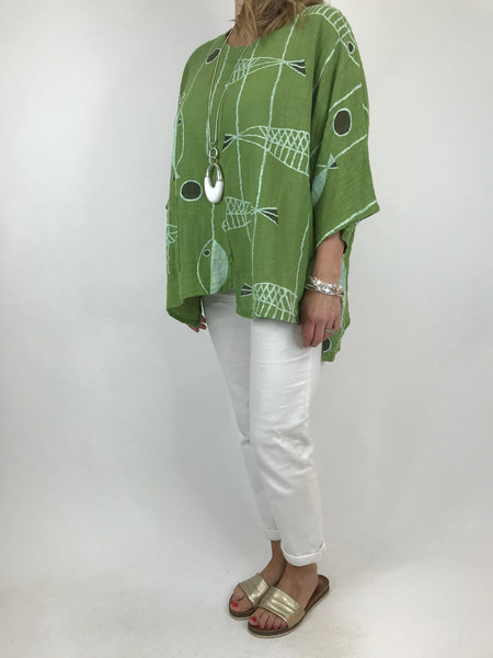 Lagenlook Quirky Short Print Top in Lime. code 6653