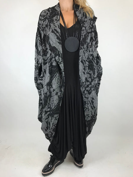 Lagenlook 2 Way Cardigan in City Design Black. code 1539