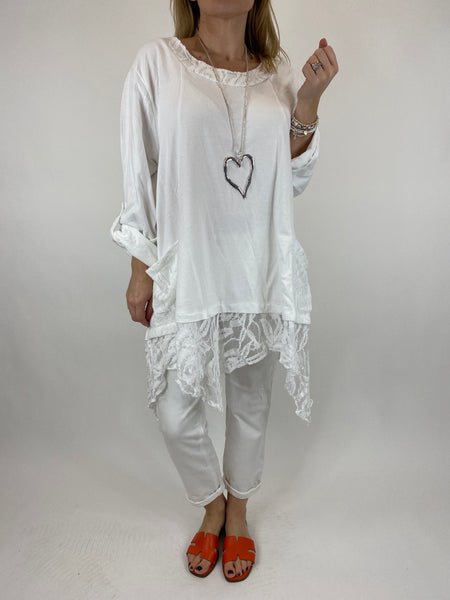 Lagenlook Alice Lace Hem Top in White. Code 922011