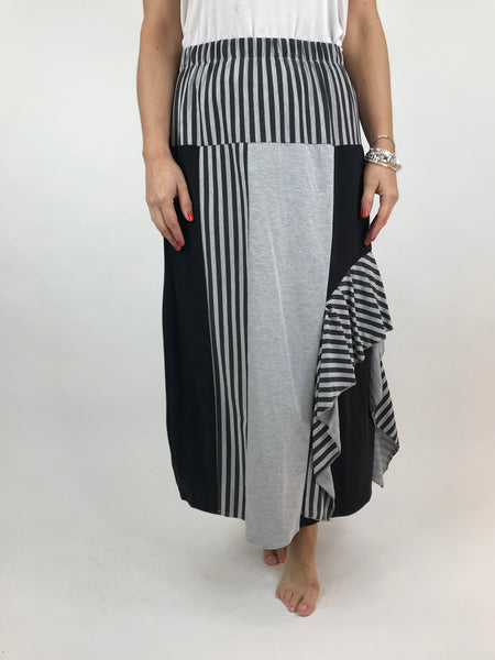 Lagenlook Stripe Frill Skirt in Grey. Code 2879
