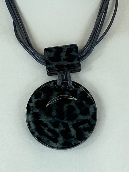 Lagenlook Animal Pendant in Grey Short Necklace .Code 730a-1