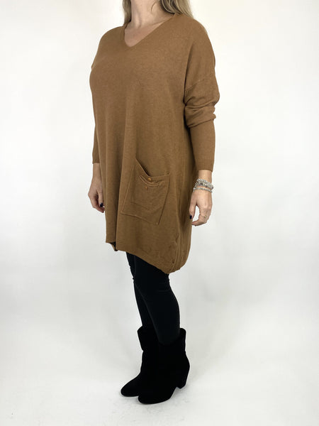 Lagenlook Jute Pocket V-neck Jumper in Camel. code 2712