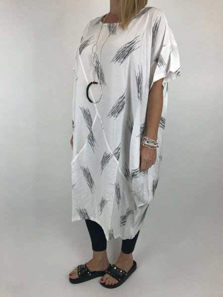 Lagenlook Kara Brush print top in White. code 1811