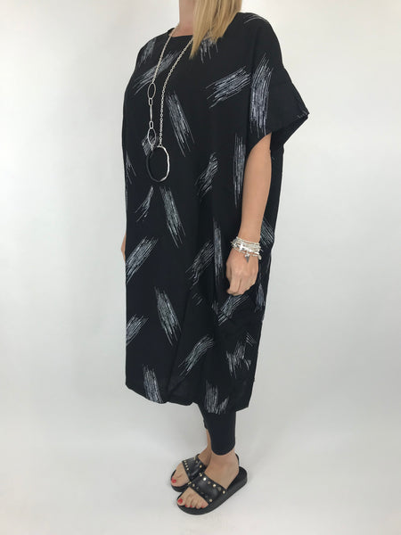 Lagenlook Kara Brush print top in Black. code 1811