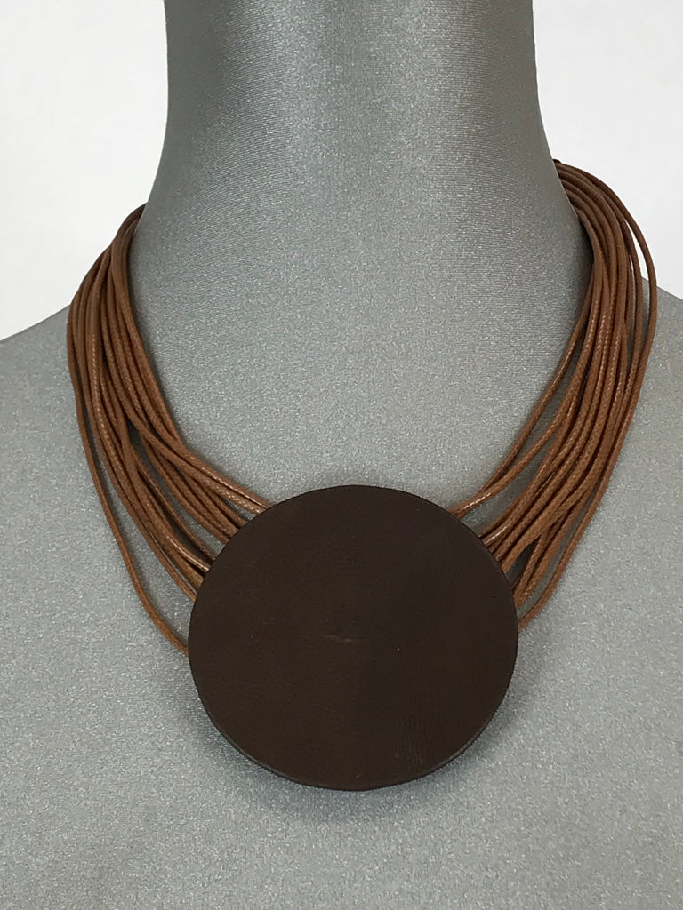 Lagenlook Leather Disc Short Necklace in Camel. Code L10