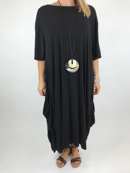 Lagenlook Shaped Jersey tunic in Black. code 5668