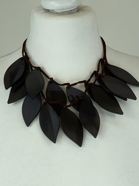 Lagenlook  mocha Leaf Drop Short Necklace .Code BC-118 - Lagenlook Clothing UK