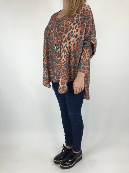 Lagenlook Animal V-Neck Top in Rust. code 5947