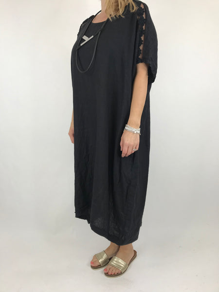 Lagenlook Lace Shoulder Linen Top in Black. code 5911