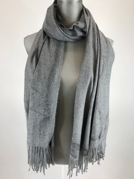 Lagenlook Borth Scarf in Grey. Code 1809