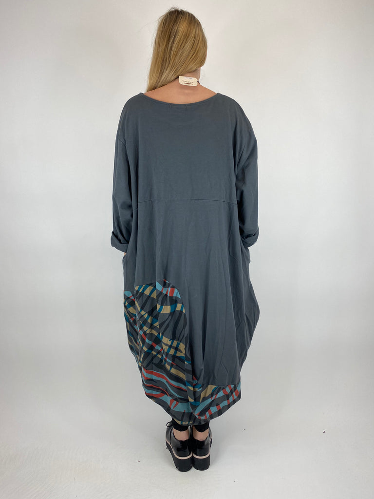 Lagenlook Wave Curve Hem Tunic in Charcoal. code 9977 - Lagenlook Clothing UK
