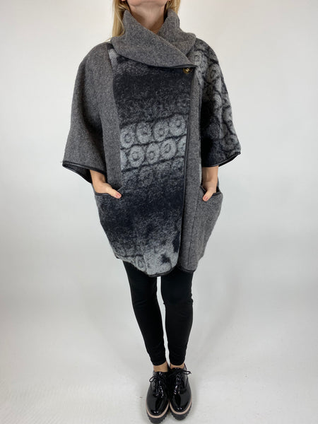 Lagenlook Boho Shadow flower jacket in Grey. code 10240