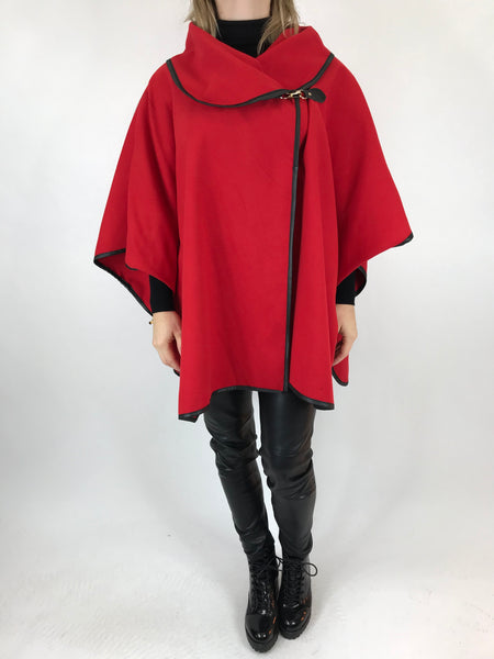Lagenlook Buckle side Jacket in Red. code 8458