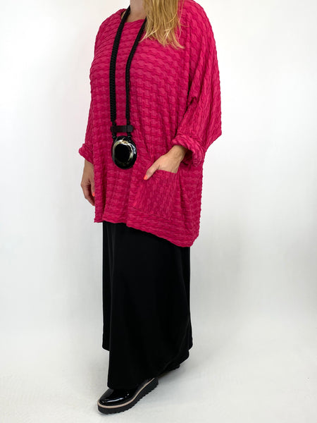 Lagenlook Celia Textured Large Waffle Pocket Top in Fuchsia. code 91110 - Lagenlook Clothing UK