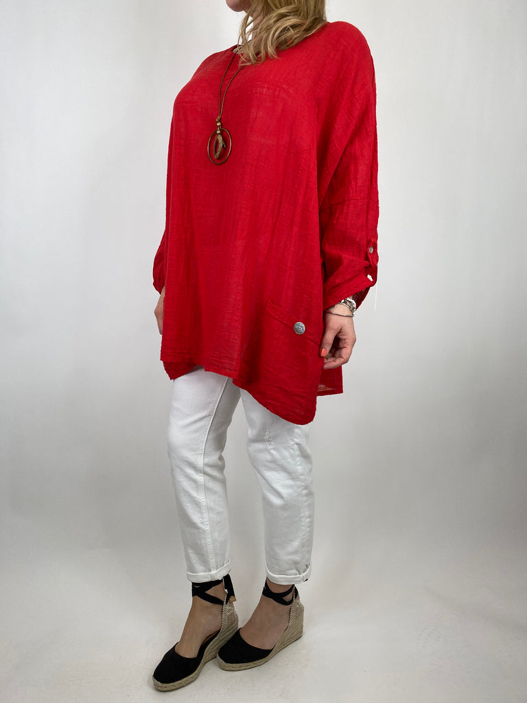 Lagenlook 2 Pocket Button Cotton Top in Red. code 9027