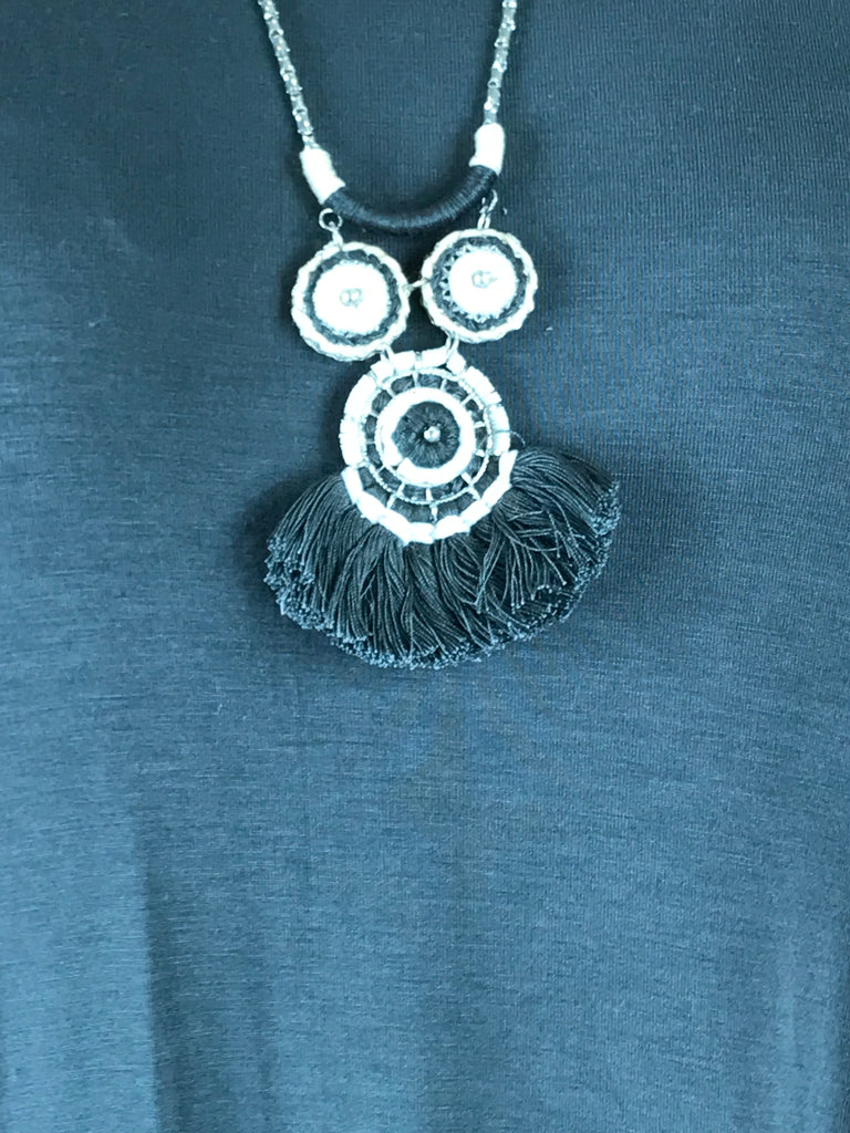 Lagenlook Fan Tassel Necklace in Grey & White. Code LB1828grey