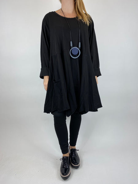 Lagenlook Lauren Plain Quirky Hem Pocket top in Black. code 9882