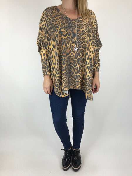 Lagenlook Animal V-Neck Top in Mustard. code 5947