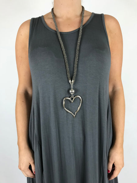 Lagenlook Bead & Heart Necklace In Grey. Code AA1301gy