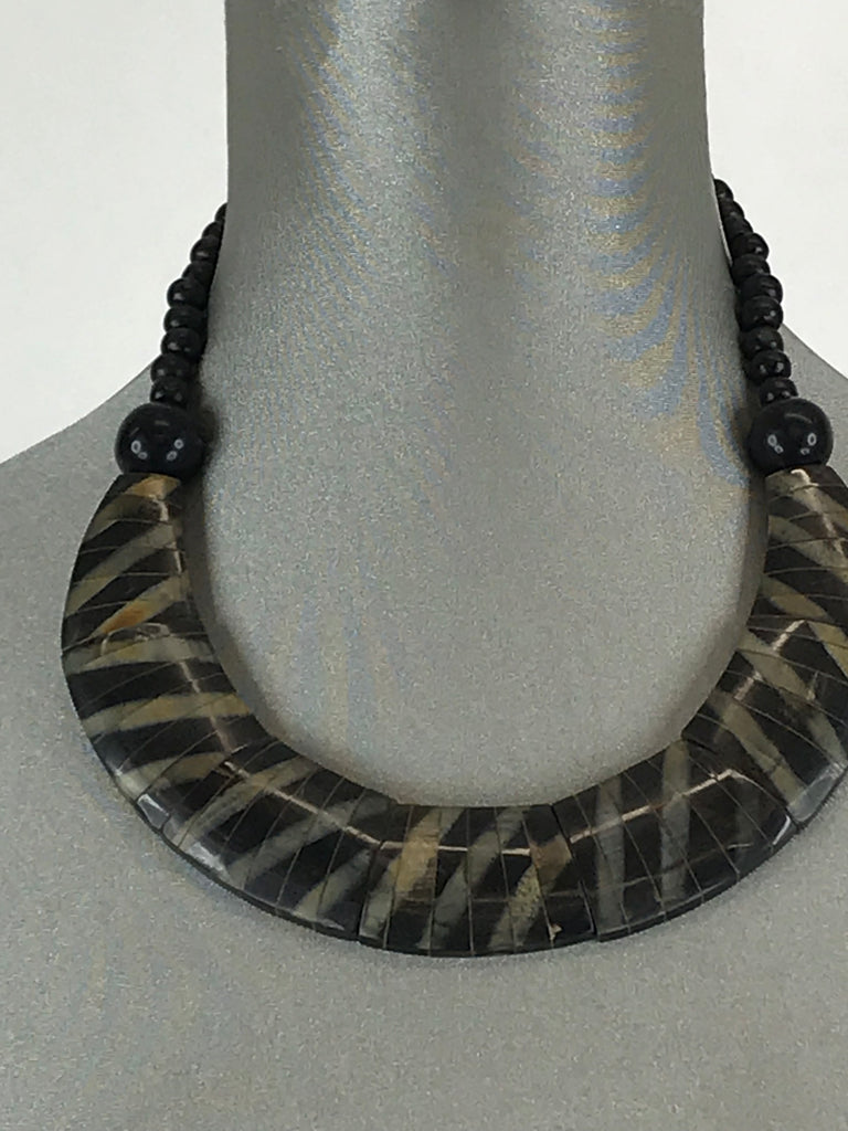 Lagenlook kiki Black and Taupe Necklace .Code rjc66