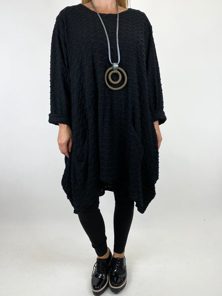 Lagenlook lottie Textured Large Waffle Parachute Hem Tunic In Black. code 91122 - Lagenlook Clothing UK