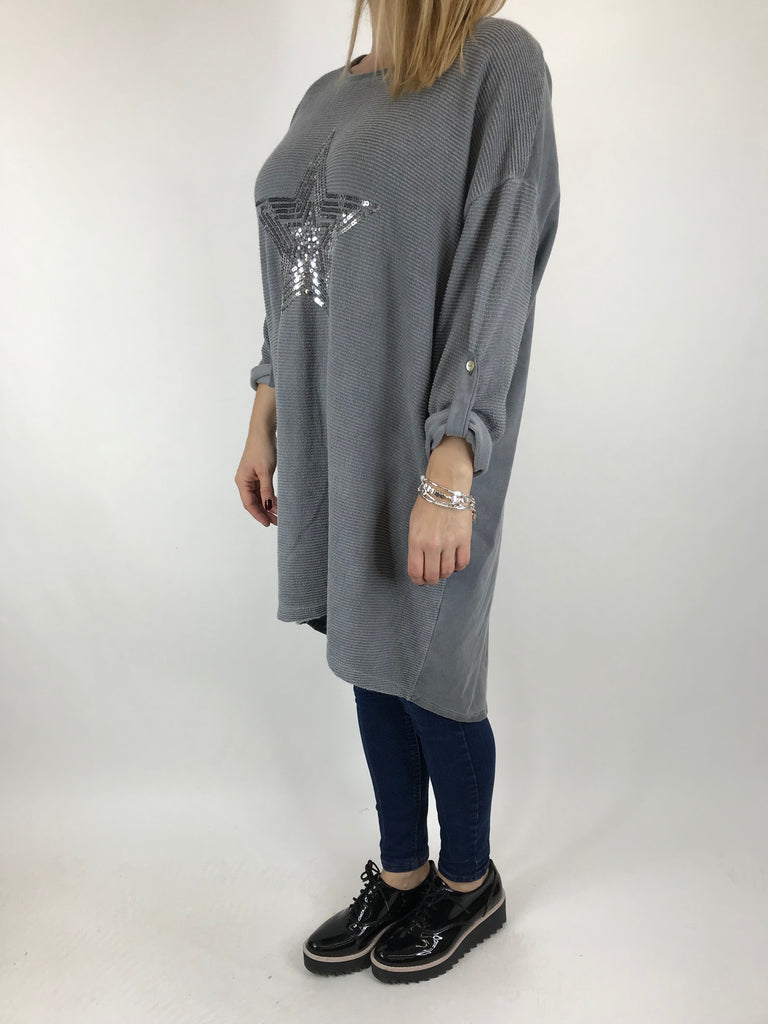 Lagenlook Sequin Star top in Grey. code 6031